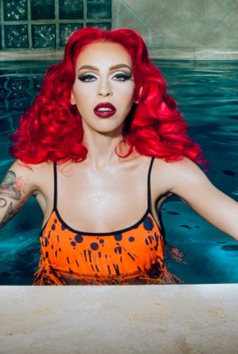 Model Raquel Reed